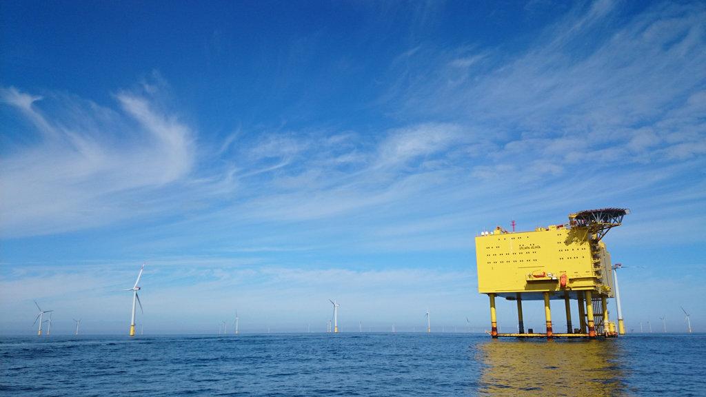 Offshore GNSS-Positionierung ist auch auf den Plattformen eines Windparkes relevant.