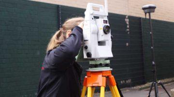 Tachymeter von Leica Geosystems im Einsatz bei der ALLSAT