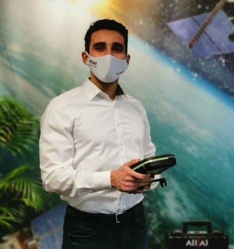 Saif Sahli berät sie, auch zur GNSS Smartantenne für  Einsteiger